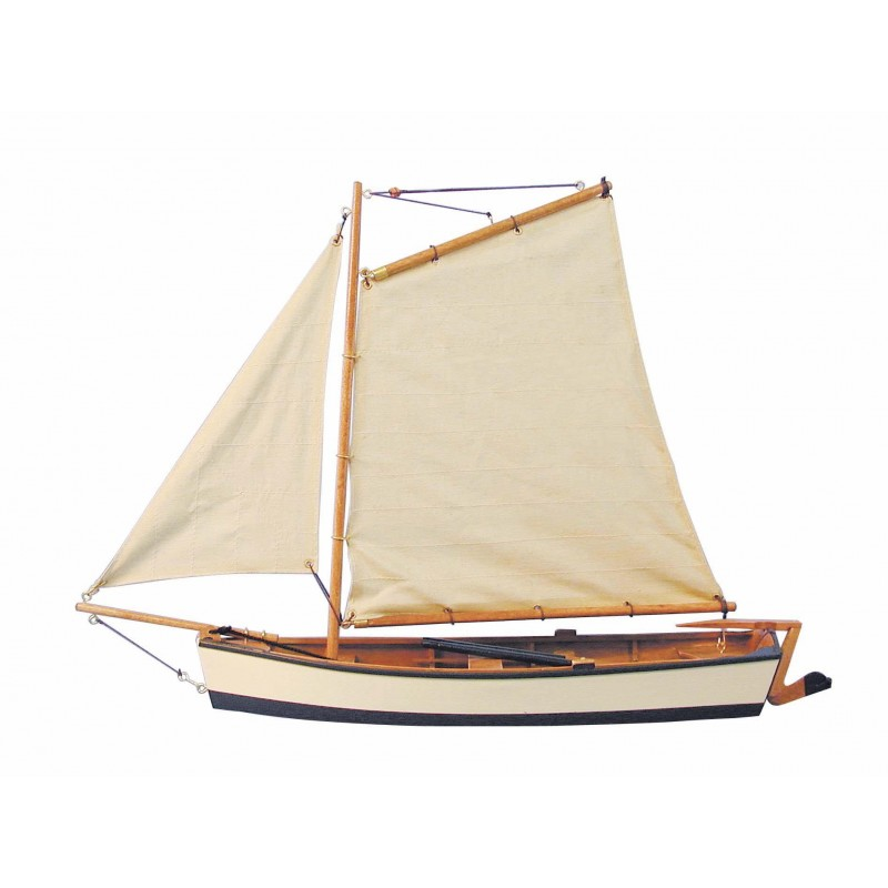 Ribiški čoln z jadri