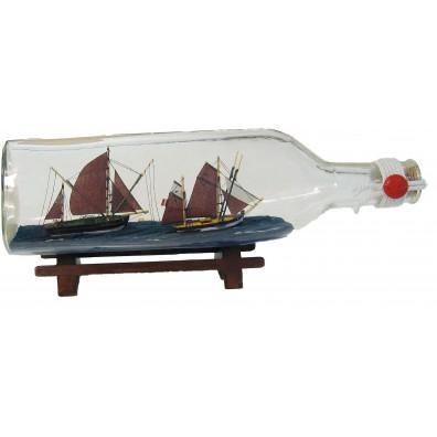 Ribiški ladji v steklenici